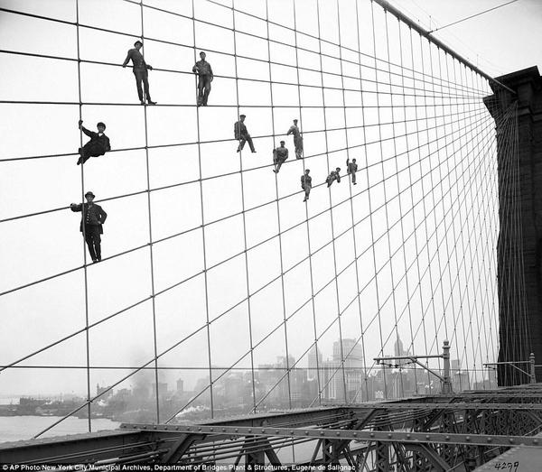 Wires Brooklyn Bridge 1914