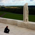 Vimy Ridge: the Canada Mourns Statue