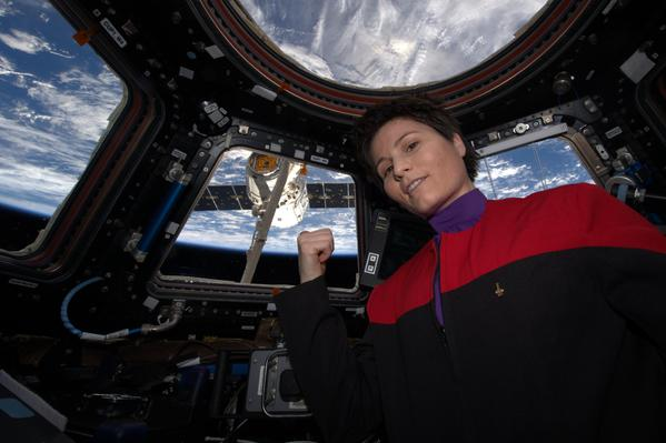 Star Trek Space Selfie by AstroSamantha on Twitter