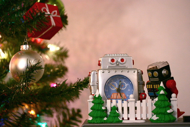 Robot Christmas by Andrew Miller on Flickr